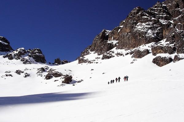 Op sneeuwschoenen door de Hoge Atlas met bergwandelen.com