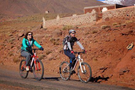 Mountainbiken naar de zandduinen